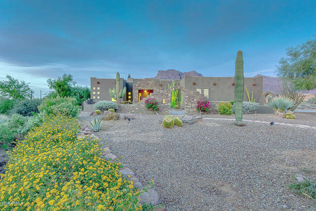 Single Family for Sale at 6910 E Grand View Lane Apache Junction, Arizona 85119 United States