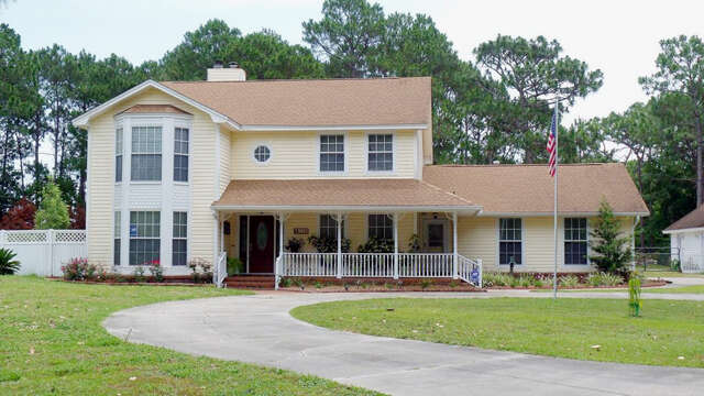 Single Family for Sale at 138 Laird Circle Panama City, Florida 32408 United States