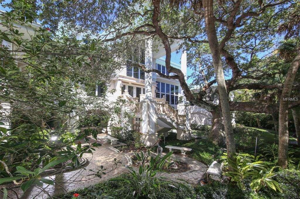 Single Family for Sale at 6840 Manasota Key Road Englewood, Florida 34223 United States