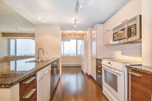 Featured Property in Montreal, QC H3W 2H2