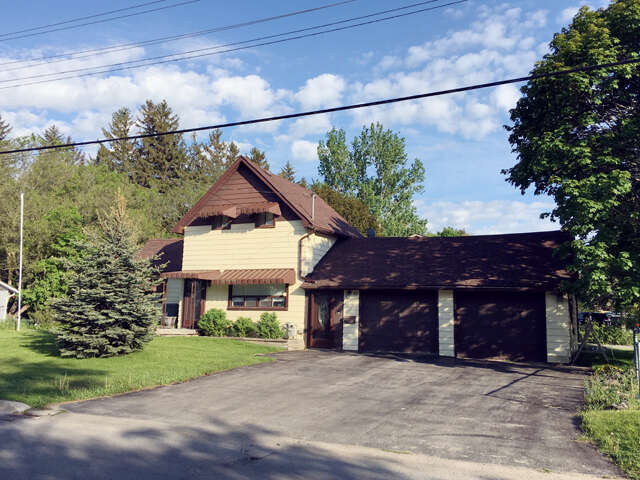 Real Estate for Sale, ListingId:45476714, location: 76 Mill Street Uxbridge