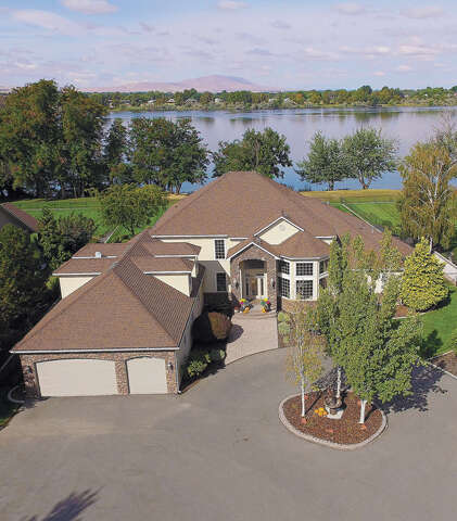Single Family for Sale at 7216 Ricky Rd Pasco, Washington 99301 United States