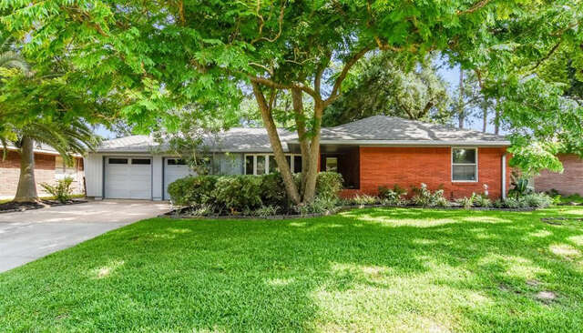 Featured Property in HOUSTON, TX, 77008