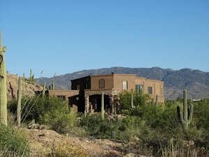 Featured Property in Tucson, AZ 85749