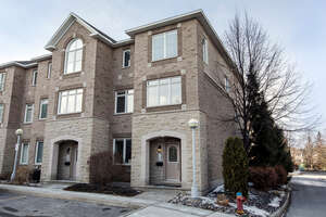 Featured Property in Ottawa, ON K4M 1K3