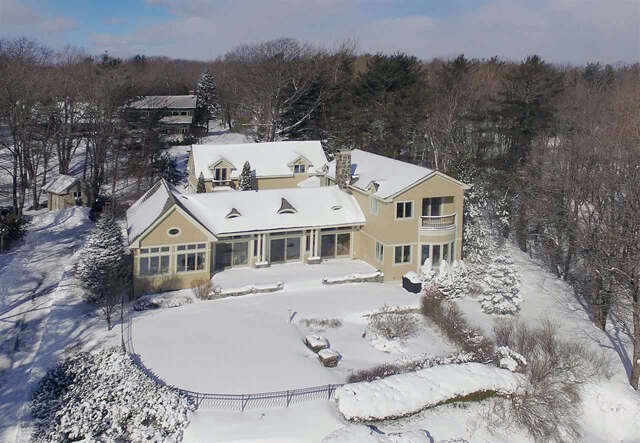 Single Family for Sale at 5 Seawatch Path York, Maine 03909 United States