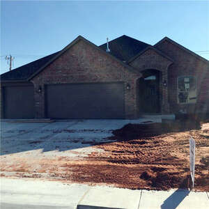 Featured Property in Yukon, OK 73099
