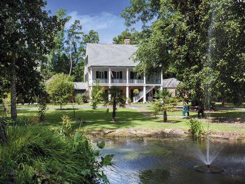 Single Family for Sale at 17119 Three Rivers Rd. Covington, Louisiana 70433 United States