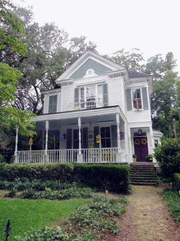 Single Family for Sale at 524 W. Carolina Avenue Summerville, South Carolina 29483 United States