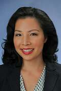 Linh Lopez, Honolulu Real Estate, License #: RS-75015