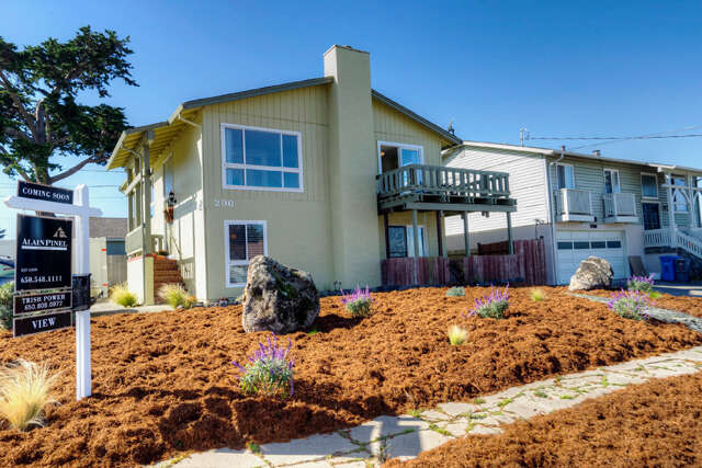 Single Family for Sale at 296 5th St Montara, California 94037 United States