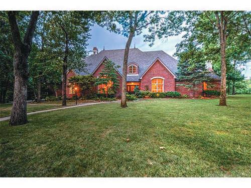 Single Family for Sale at 9833 N Cadbury Ridge Owasso, Oklahoma 74055 United States