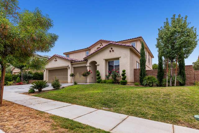 Single Family for Sale at 25447 Red Hawk Road Corona, California 92883 United States