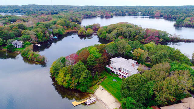 Single Family for Sale at 286 Holly Point Road Centerville, Massachusetts 02632 United States
