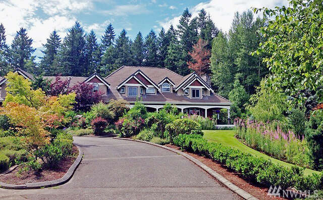 Single Family for Sale at Pacific NW Estate Eatonville, Washington 98328 United States
