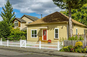Featured Property in Arlington, WA 98223