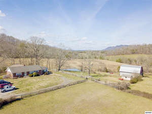 Featured Property in Corryton, TN 37721