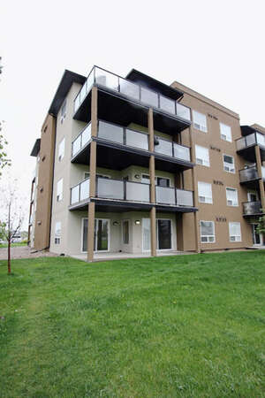 Featured Property in Grande Prairie, AB T8X 0A1