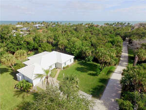 Featured Property in Vero Beach, FL 32963