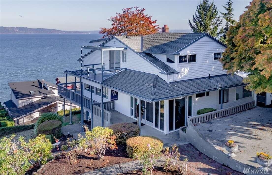 Single Family for Sale at 1624 Markham Ave NE Tacoma, Washington 98422 United States
