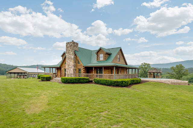 Single Family for Sale at 215 W Brow Oval Lookout Mountain, Tennessee 37350 United States