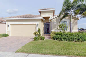 Featured Property in Pt St Lucie, FL 34987
