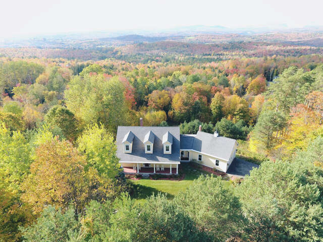 Single Family for Sale at 552 Alpine Lane Lane Burke, Vermont 05777 United States