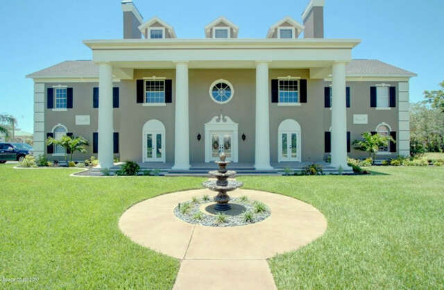 Single Family for Sale at 950 Stratford Place Melbourne, Florida 32940 United States