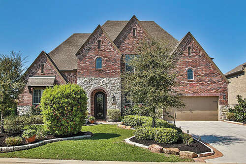Single Family for Sale at 3 Solebrook Path Tomball, Texas 77375 United States