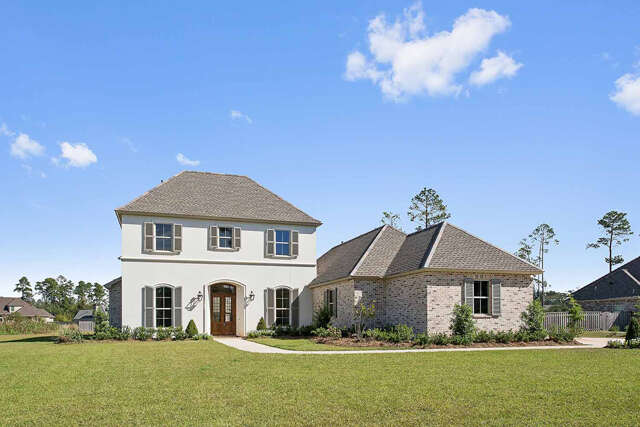 Single Family for Sale at 412 S Fairway Drive Madisonville, Louisiana 70447 United States