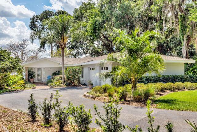 Single Family for Sale at 912 Old Eustis Road Mount Dora, Florida 32757 United States
