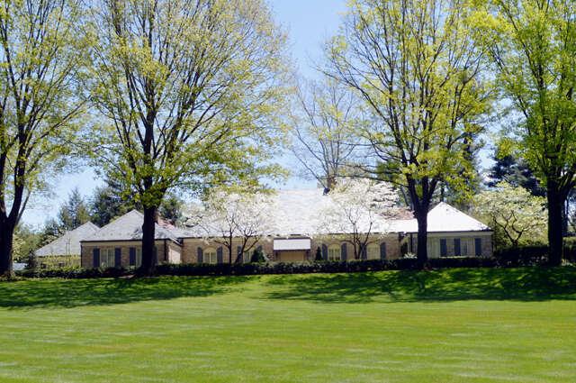 Single Family for Sale at 120 ESHELMAN ROAD Lancaster, Pennsylvania 17601 United States