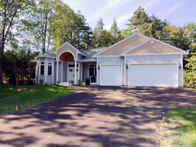 Single Family for Sale at 48 Long Bay Drive Laconia, New Hampshire 03246 United States