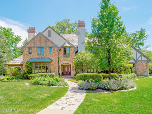 Single Family for Sale at 6205 South Garfield Street Burr Ridge, Illinois 60527 United States