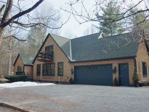 Featured Property in Panton, VT 05491