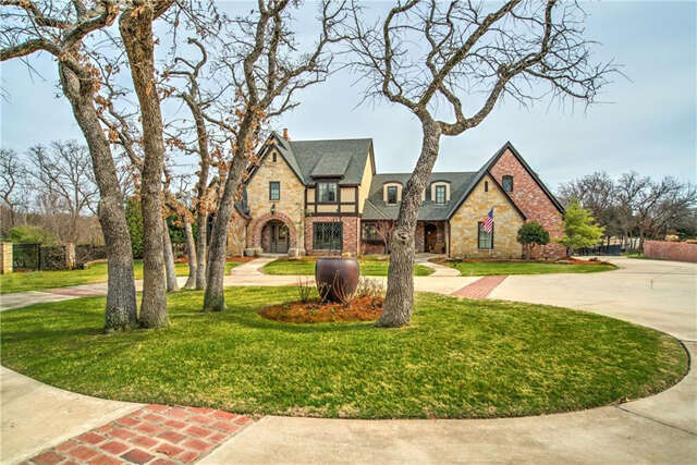 Single Family for Sale at 11620 Old Mill Road Oklahoma City, Oklahoma 73131 United States