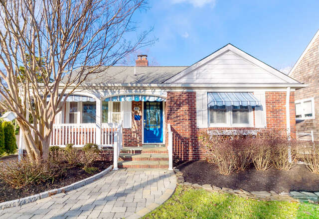 Single Family for Sale at 142 Woodland Avenue Bay Head, New Jersey 08742 United States