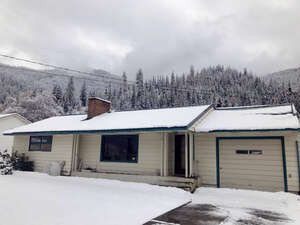Featured Property in Osburn, ID 83849