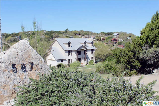 Single Family for Sale at 587 N Oak Shores Drive Canyon Lake, Texas 78133 United States