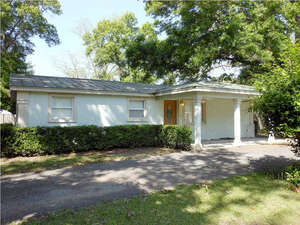 Featured Property in Wewahitchka, FL 32465