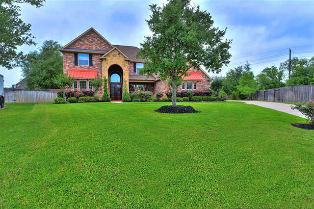 Single Family for Sale at 32202 Waterford Crest Lane Fulshear, Texas 77441 United States