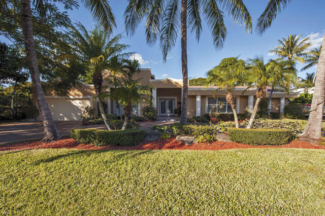 Single Family for Sale at 735 Lake Shore Drive Delray Beach, Florida 33444 United States