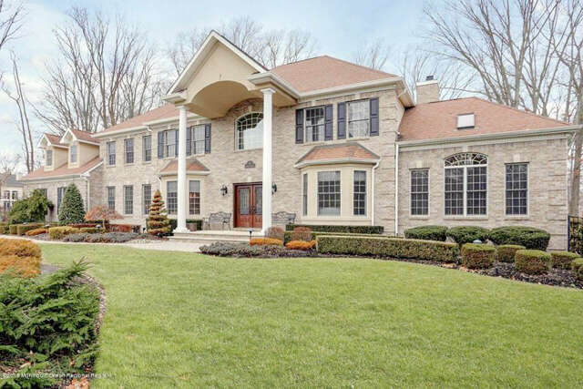 Single Family for Sale at 4 Boxwood Terrace Holmdel, New Jersey 07733 United States
