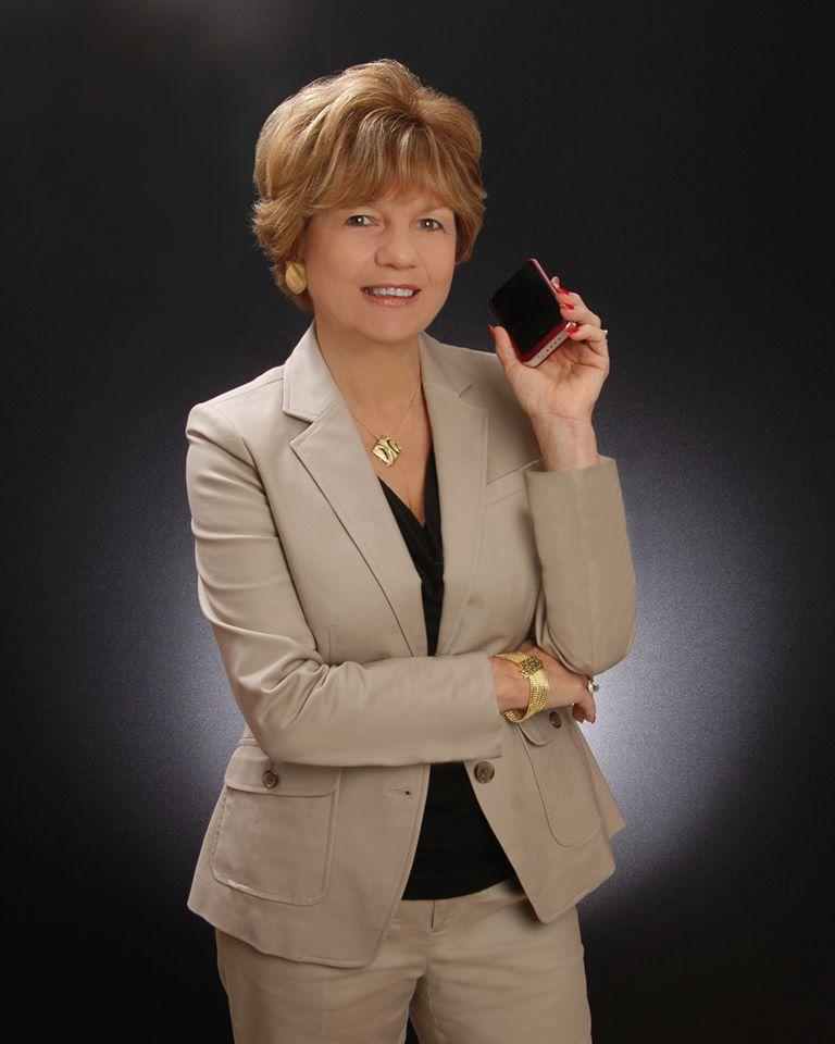 Debra Giglia