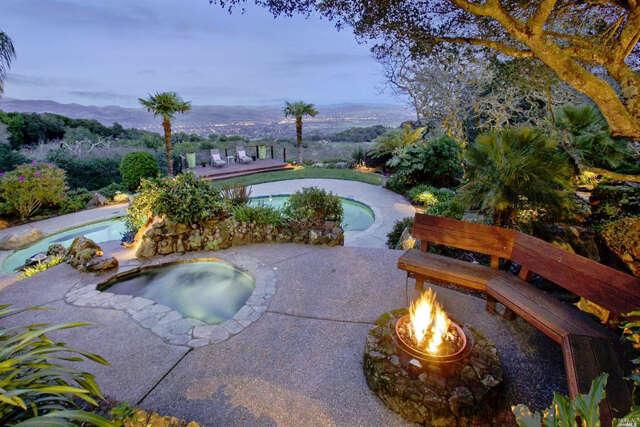 Single Family for Sale at 4077 White Alder Sonoma, California 95476 United States