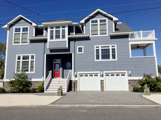 Featured Property in BEACH HAVEN, NJ, 08008