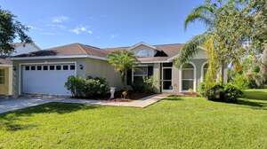 Featured Property in Bradenton, FL 34212