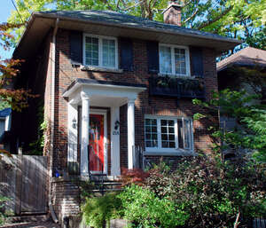 Featured Property in Toronto, ON M4T 2K8