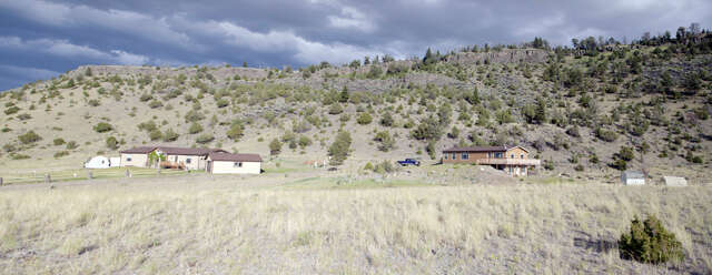 Single Family for Sale at 510 E River Road Emigrant, Montana 59027 United States