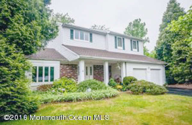 Single Family for Sale at 31 Cherry Hill Lane Manalapan, New Jersey 07726 United States